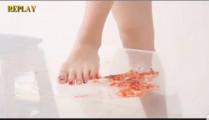 Japanese barefoot food crush